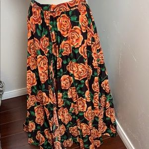 Lularoe Deanne Skirt Small